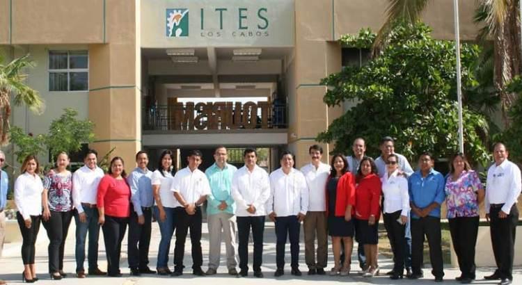Participa ITES en primer foro de capacitación de la entidad