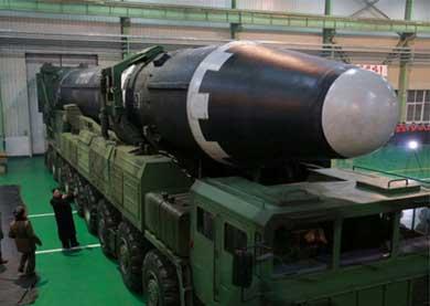 Presume Corea del Norte su nuevo misil balístico