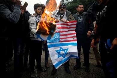 Protestan palestinos en Gaza