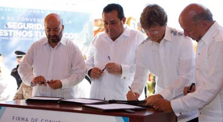 Firman Convenio para la Seguridad de los Destinos Turísticos