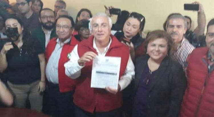 Buscará José Hevia la candidatura del PRI a la alcaldía paceña