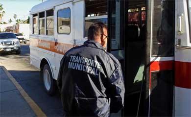 Continúa inspecciones la Dirección Municipal de Transporte