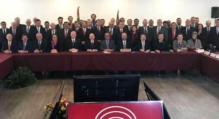 Participa UABCS en encuentro de rectores con el titular de la SEP federal