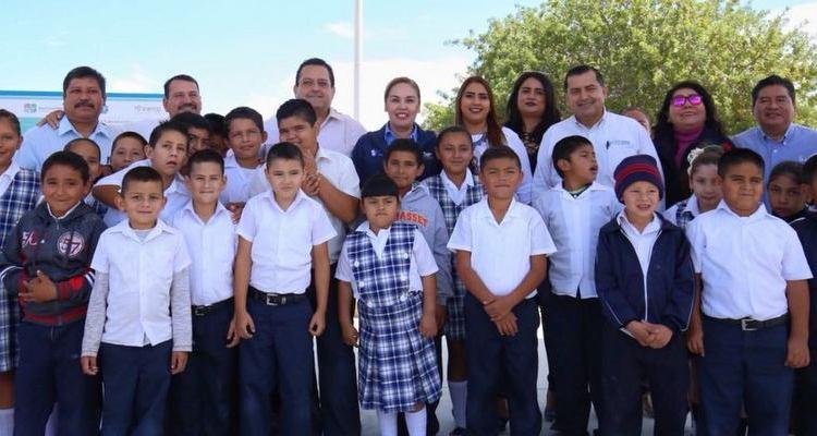 Entrega gobernador techumbre 197 en escuela pública