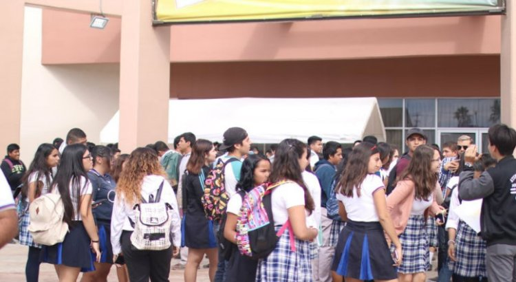 Exitosa segunda Feria Educativa de la UABCS
