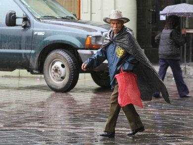 Persistirán las lluvias y fuertes vientos