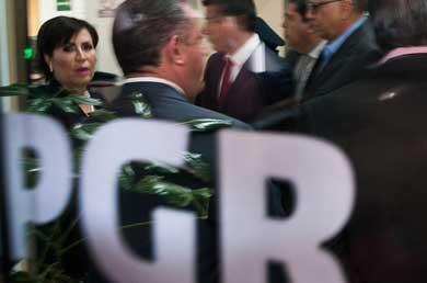 Integra PGR carpetas contra gestión de Rosario Robles
