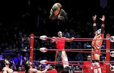 """Por """"conflicto de interés"""" cancelan función de lucha libre"""
