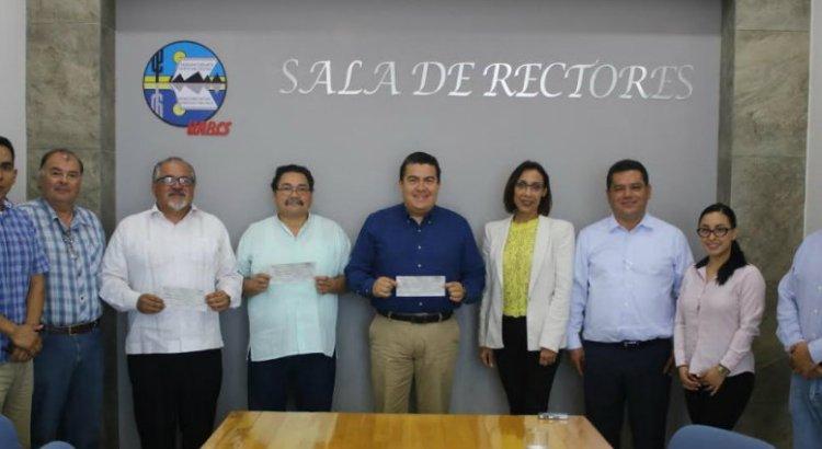 Recibe UABCS apoyo de Santander Universidades