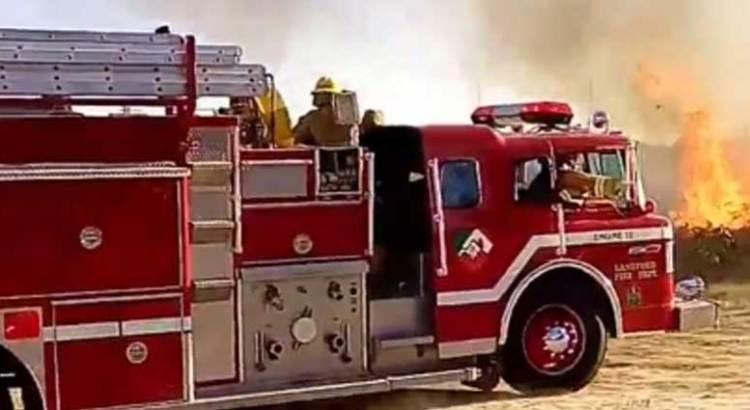Ocasionan niños incendio en Jacarandas