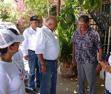 Concluye Víctor Castro semana de trabajo por Los Cabos