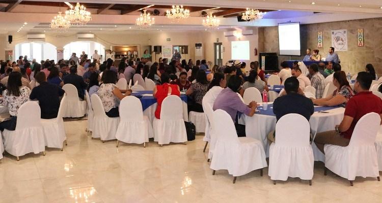 Más de mil maestros de primaria participaron en los talleres del III Foro Internacional de Educación en los cinco municipios