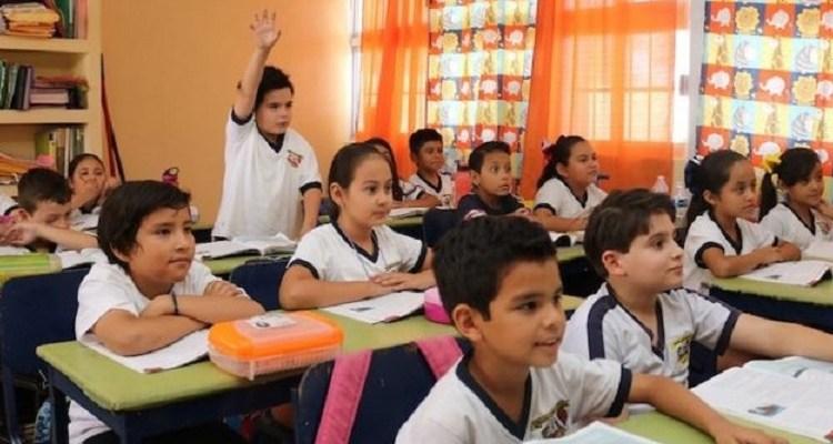 Beneficia a 160 mil alumnos de educación básica programa de vales escolares