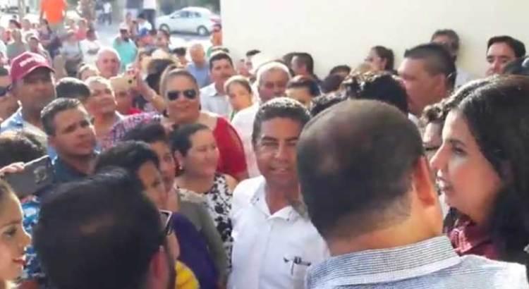 Recibe Armida Castro constancia de mayoría