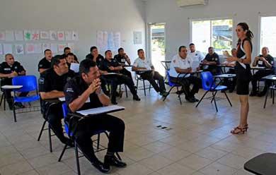 Capacita Seguridad Pública a 30 policías