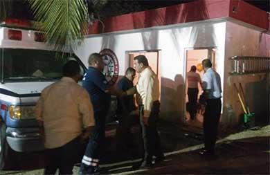 Se compromete Rubén Muñoz a construir nueva estación de bomberos de Todos Santos