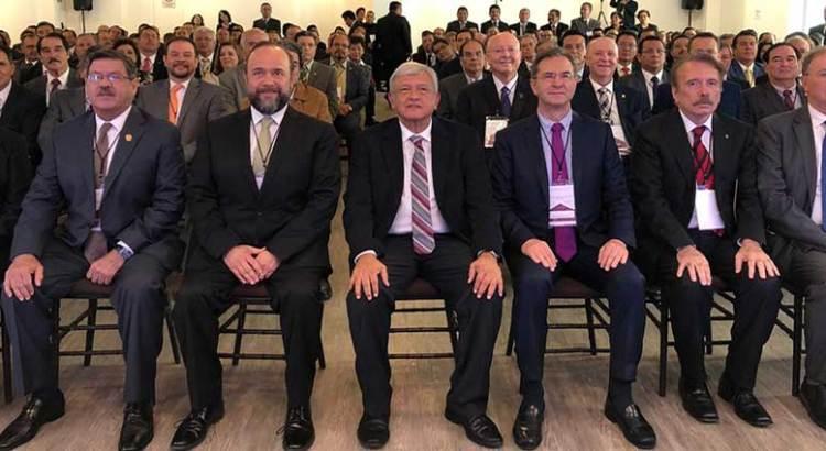 Presente la UABCS en encuentro de universidades con el Presidente Electo de México