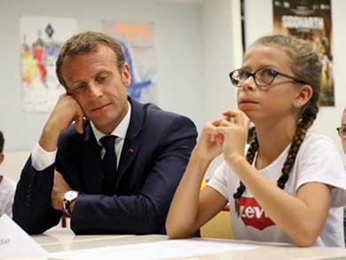 Prohíbe Francia el uso de celulares en escuelas