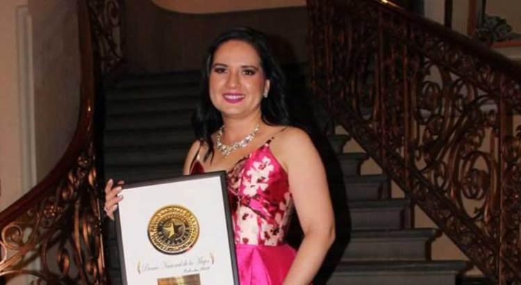 Gana Sudcaliforniana el Premio Nacional de la Mujer 2018