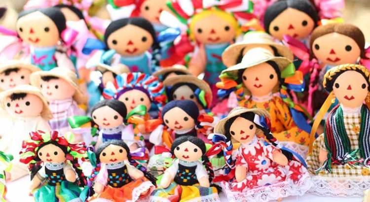 Domingo de folklor y artesanía