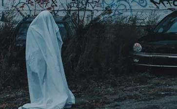 Jugó Youtuber broma disfrazado de fantasma