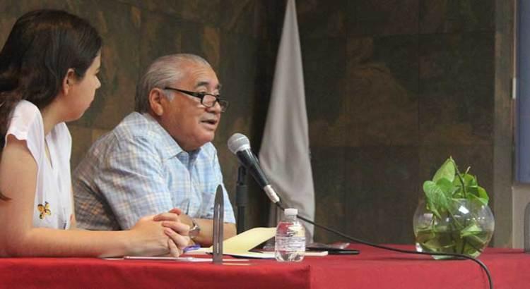 """Presentaron """"Zarzo de Cuentos al Rojo Vivo"""""""