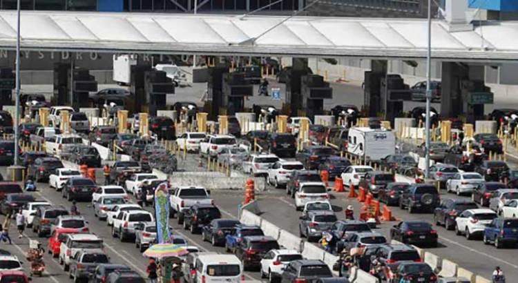 Reabrirá EU fronteras terrestres con México
