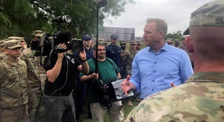 Supervisa Secretario de Defensa de EU frontera con México
