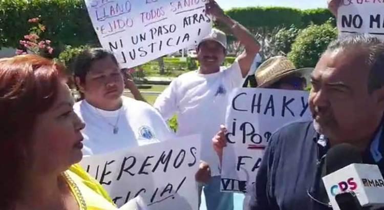 Protestan ejidatarios contra Diputado de Morena
