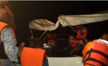 Rescata la SEMAR a tripulantes de embarcación varada