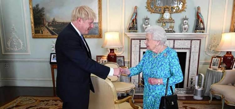 Boris Johnson a terapia intensiva