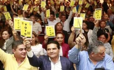 """Abre el PRD sus puertas a iniciativas """"progresistas y democráticas"""""""