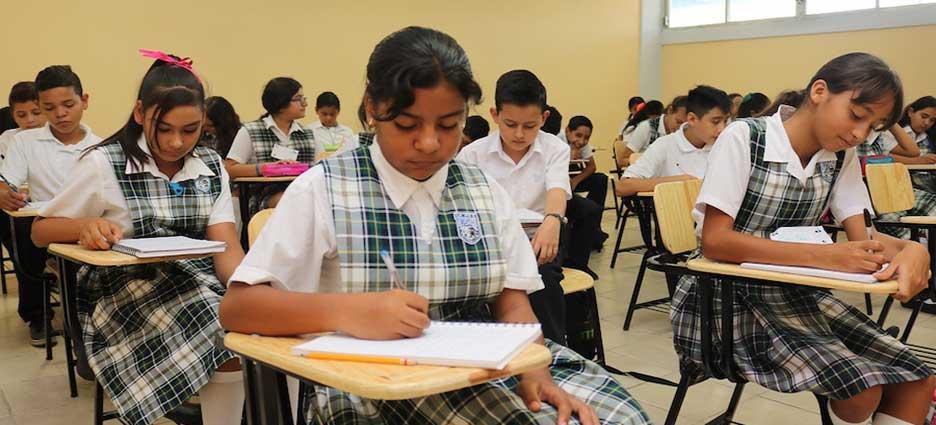 Otorgarán 5 mil 300 becas a estudiantes sudcalifornianos