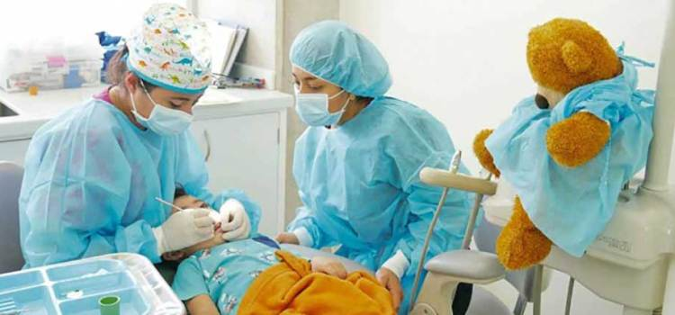 Darán incremento de 5.1% a la rama médica
