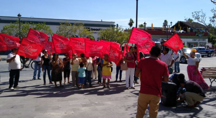 Se manifestó Antorcha Campesina en Palacio Municipal cabeño