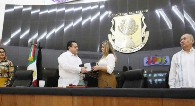Entregó el gobernador Mendoza su IV informe de gobierno