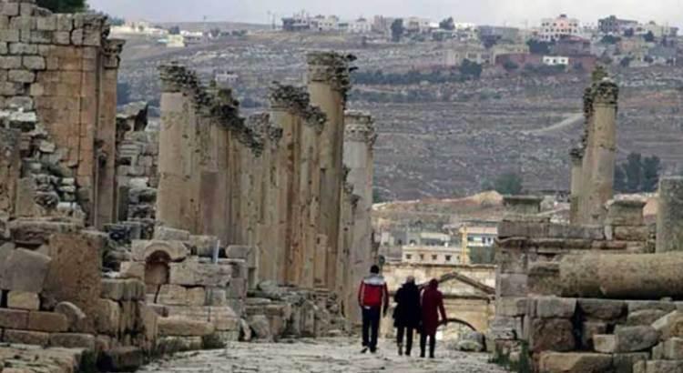 Apuñalan a tres turistas mexicanos en Jordania