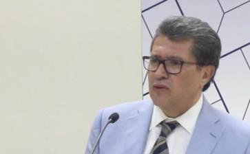 Presentó su libro el senador Ricardo Monreal