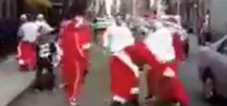 Santa… golpiza