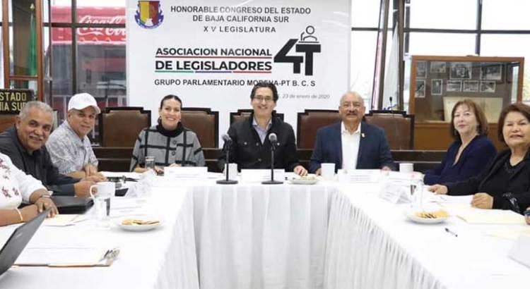 No quieren legisladores 4T volverse partido político