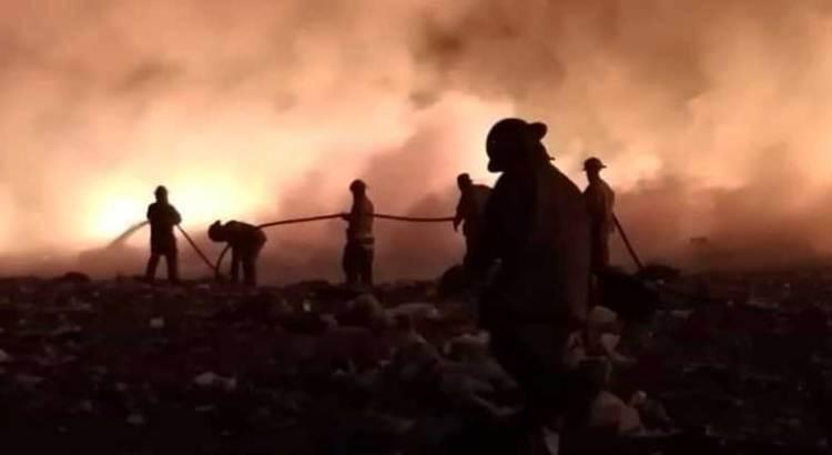 Controlado el incendio en el relleno sanitario de La Paz