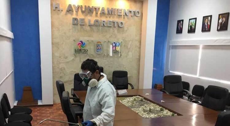 Sanitizan oficinas del Ayuntamiento de Loreto