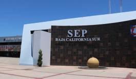 Prorrogará la SEP un año el contrato a profesores despedidos