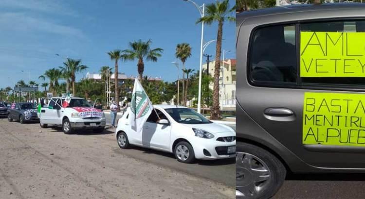 También en La Paz marcharon contra AMLO