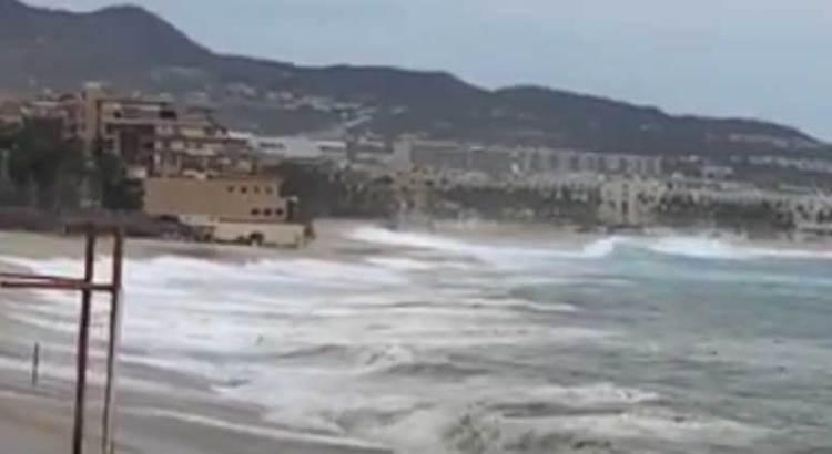 Se ahogó una turista y el salvavidas que trató de rescatarla