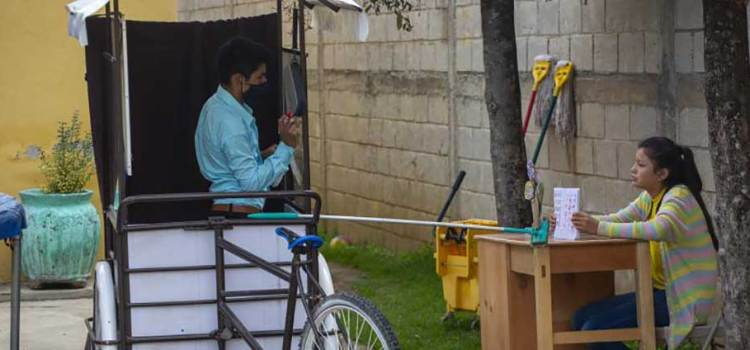 Construye maestro salón móvil en un triciclo