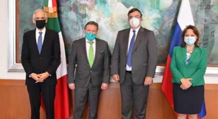 Ofrece Rusia a México vacuna contra covid-19