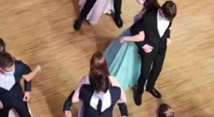 El baile de la nueva normalidad