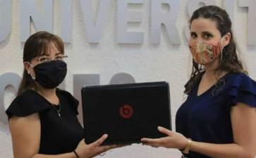 Inicia UABCS entrega de computadoras a estudiantes