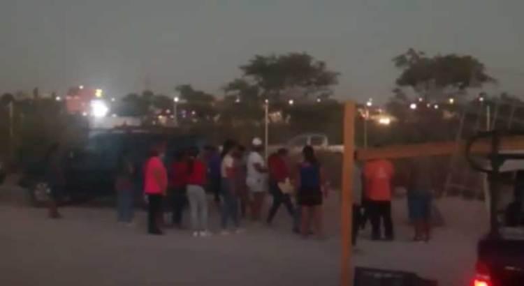 Invaden la vía pública tianguistas del grupo de Leonardo Jiménez